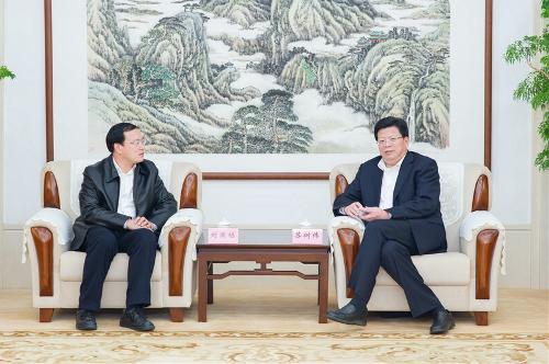 公司总经理刘国栋一行拜会济南市委常委,副市长苏树伟